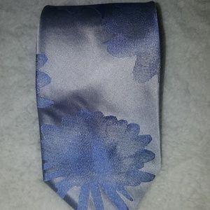 Like New DKNY mens tie
